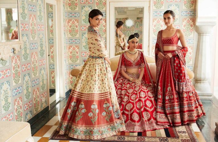 7 Colorful Designs of Bridal Wedding Lehenga to Inspire You for Your D-Day