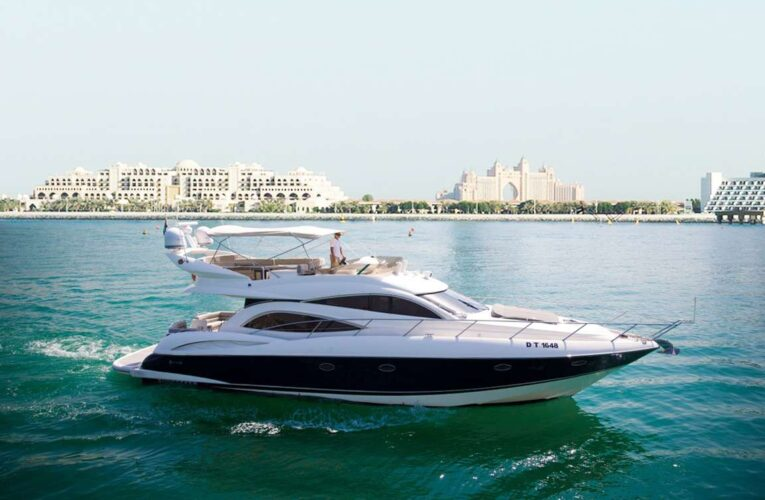 Facilities you can expect on a Yacht For Rent In Dubai
