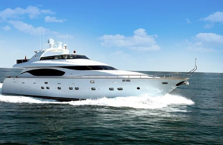 Best Yachts for Rent in Dubai for your Birthday Party